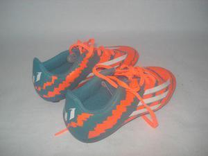 Zapatos de tacos para futbol campo (importados)