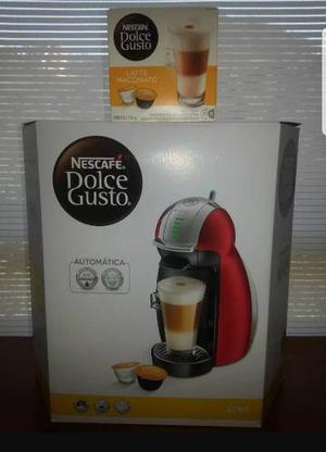 Cafetera dolce gusto + cafe latte macchiato