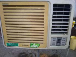 Aire acondicionado de ventana usado 12 mil btu al 100%