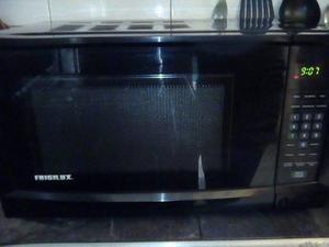 Microondas frigilux color negro 110v
