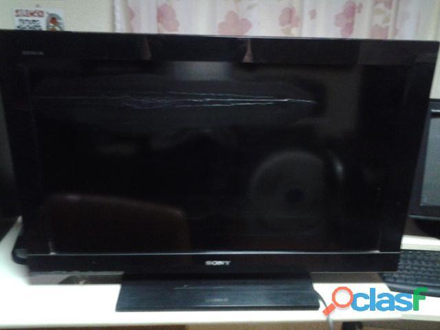 Televisor sony de 32 pulgadas modelo klv 32bx300 pantalla dañada