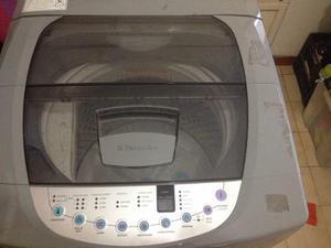 Lavadora electrolux 12 kilos