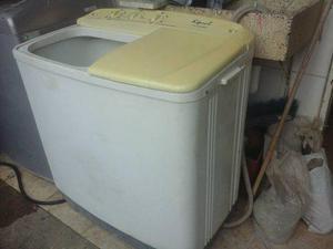 Lavadora luferca 10kg usado buen estado