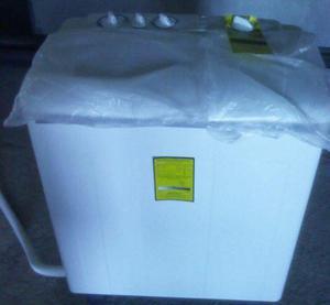 Lavadora Semiautomática Regina (5.5kg) Totalmente Nueva