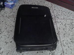 Se vende llamar tensiometro manual maleta de viaje y zapatos