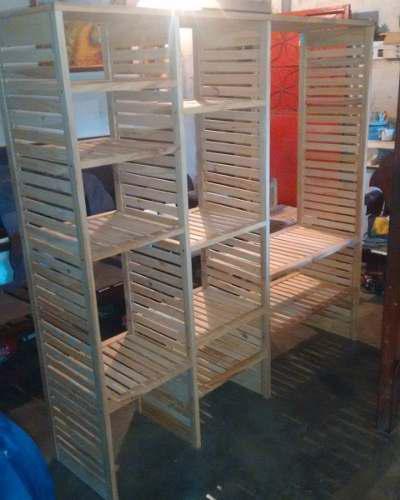 Aéreo closet, estante de madera pino (@carpinterialinares)