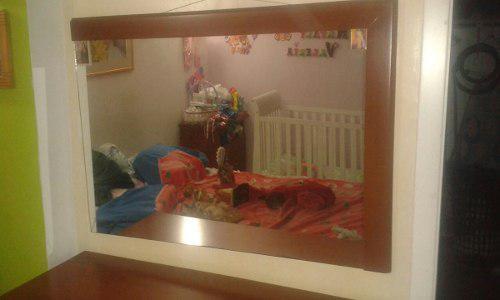 Bella peinadora con espejo, gavetero (4) muy buen estado.