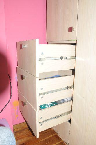 Closet armable en perfecto estado madera hecho en deco muebl