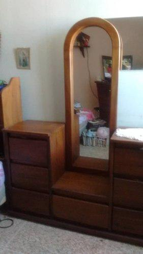 Peinadora de madera con espejo 7 gavetas