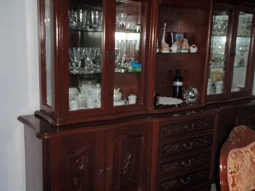 Vitrina de comedor luis xv madera y vidrio biselado en ...