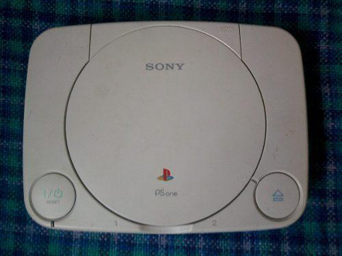 Playstation 1 para reparar o repuesto