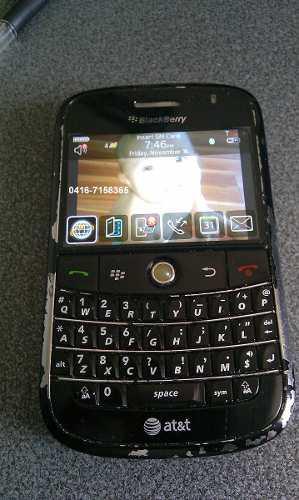 Celular blackberry bold modelo 9000