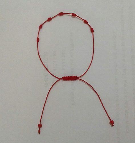 Pulsera de hilo chino 7 nudos
