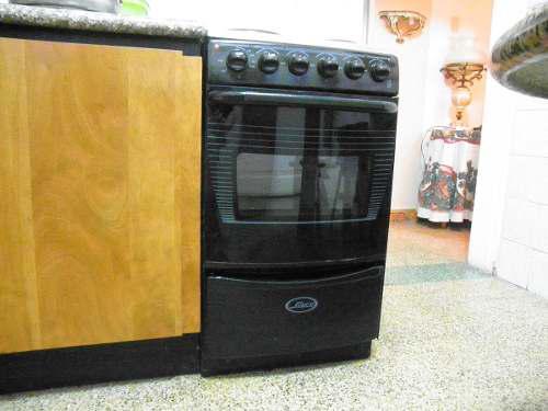 Cocina 4 hornillas electrica usada