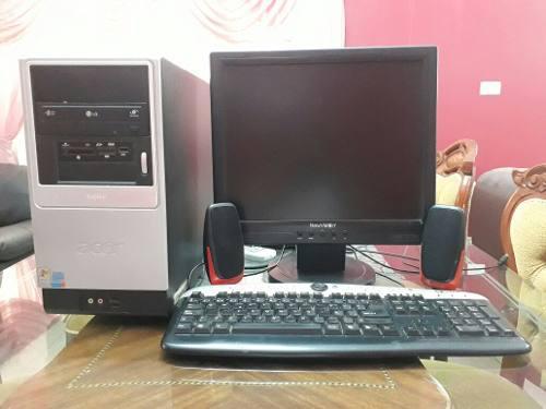 Computadora pc. cpu, monitor, teclado y cornetas, wifi.