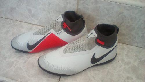 Zapatos nike phatom vision y adidas nemeziz mercurial 854187b3798ae