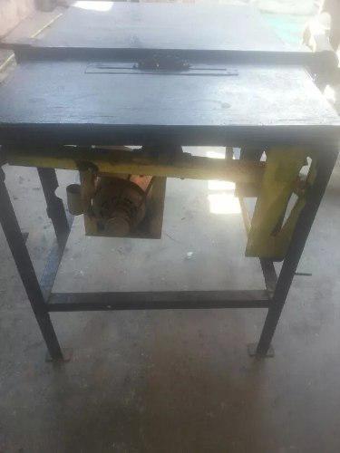 Sierra de mesa para carpinteria motor trifasico