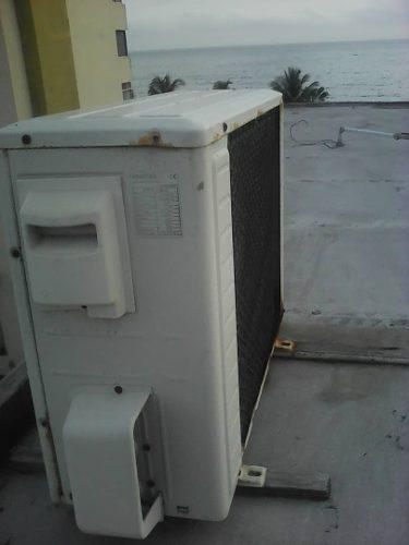 Carcasa aire acondicionado split de 12.000 btu
