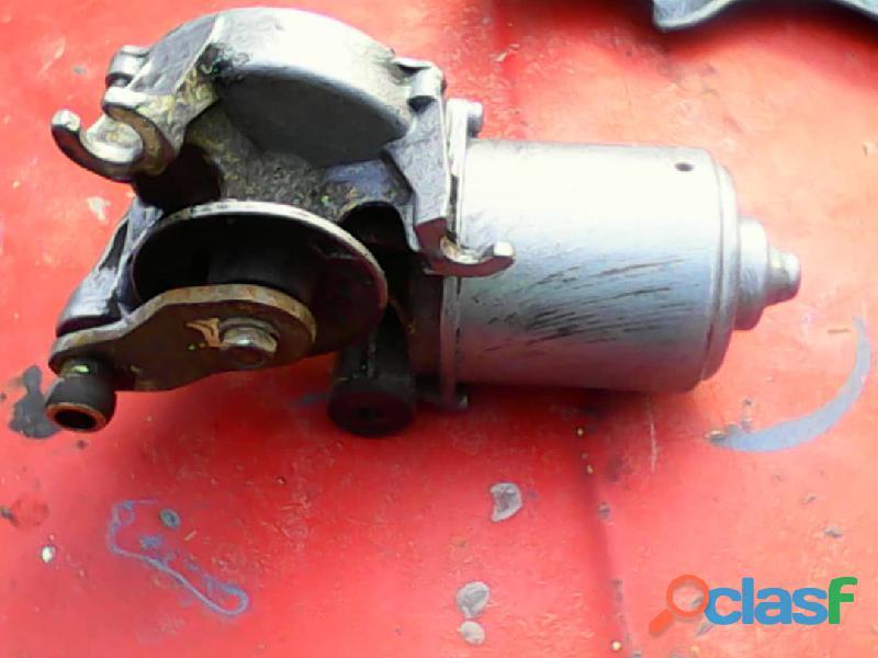 Motor de limpia parabrisa de corolla avila 87