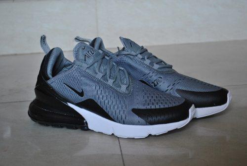 Kp3 zapatos nike air max 270 gris / negro para caballeros