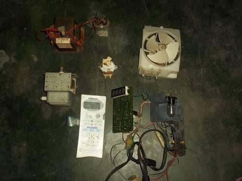 Repuestos microondas daewoo(preguntar piezas disponibles)