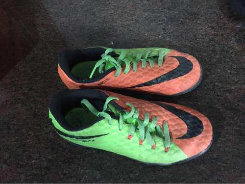 Zapatos de futbol nike original, micro tacos para niño