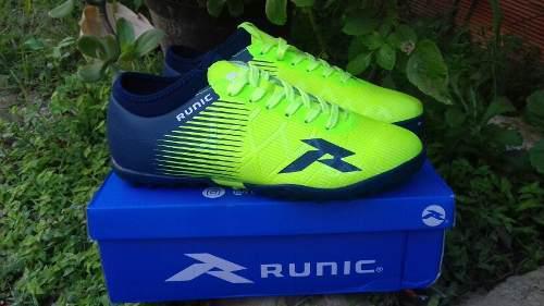 Zapatos micro tacos futbol   ANUNCIOS febrero    13d0fd41af146