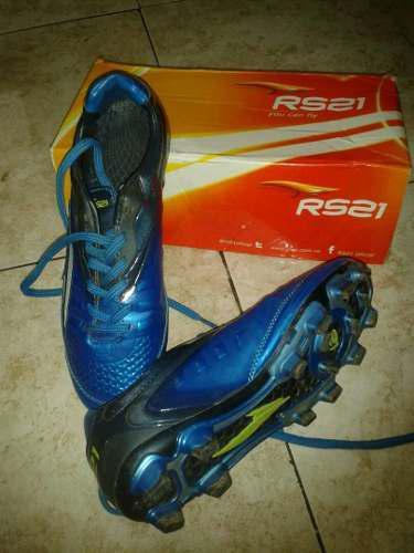 Zapatos Rs21 Futbol Con Tacos Casi Nuevo Somos Tienda Fisica