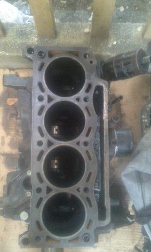 Motor renault19 1.7 y otros repuestos