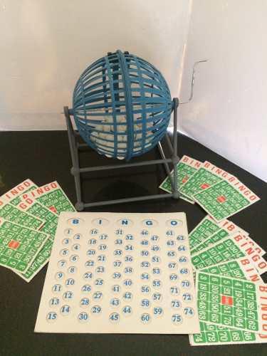 Bingo casino con bombo fichas guía cartones juego mesa
