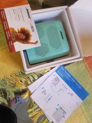 Corneta portatil bluetooth recargable bose original