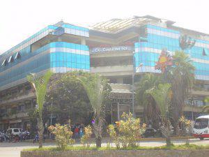 Local comercial en venta dentro de centro comercial en el