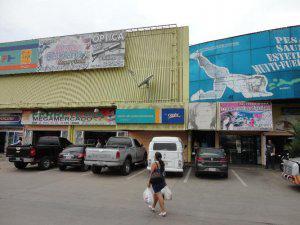 Local listo para entregar 180 mts en facahada megamercado