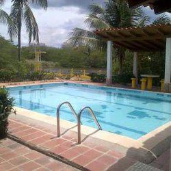 Rio chico alquiler ii. casa con piscina para 11 personas