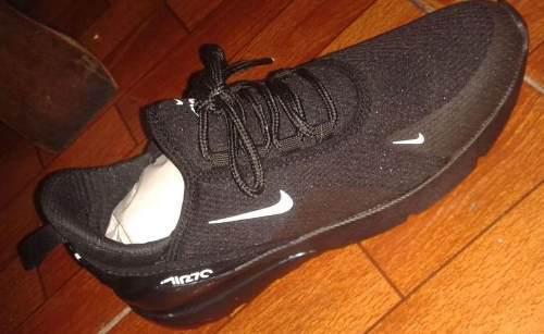 Zapatos deportivo air max nike 270 flyknit.