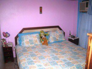 Cama de caoba pura + 2 mesitas de noches + 2 colchones