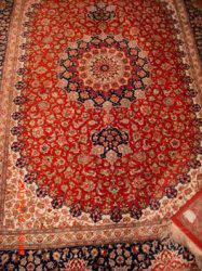 Liquidación de alfombras persas y mobiliarios