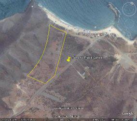 Se vende espectacular terreno en playa caribe, isla de