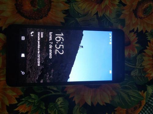 Telefono nokia lumia 650