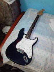 Vendo mi guitarra electrica phil pro barata esta nueva en