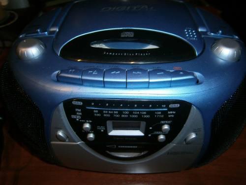 Radio portátil reproductor de cd, radio y cassette daewoo