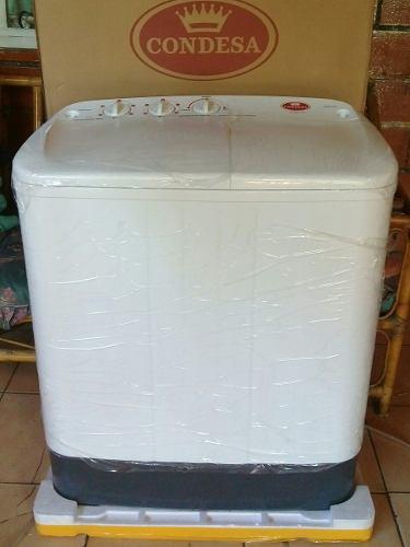 Lavadora doble tina semi-automatica marca condesa. de 5kg