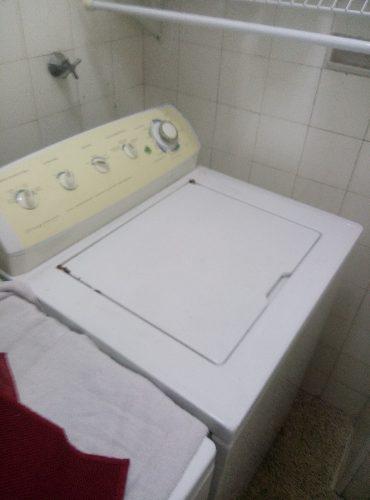 Lavadora frigidaire 16 ciclos automatica usada