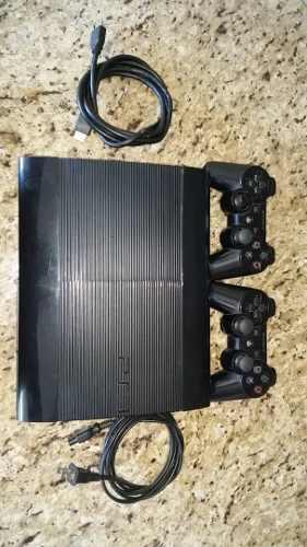 Play 3 super slim de 500gb 21 juegos 3 controles y su caja.