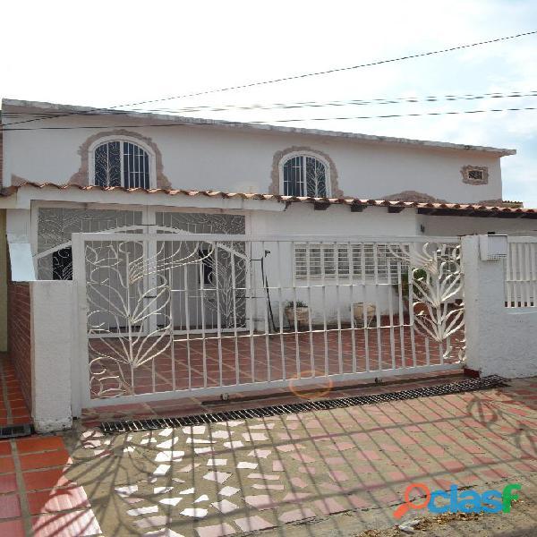Casa en venta sector santa fe ii