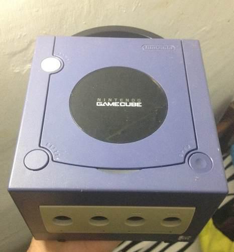 Nintendo gamecube solo consola / lea descripción