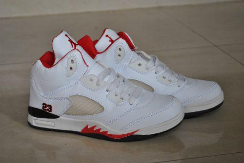 Kp3 botas niños air jordan blanco rojo solo talla 30