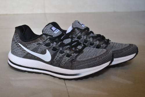 Kp3 zapatos caballeros nike air zoom vomero gris / blanco