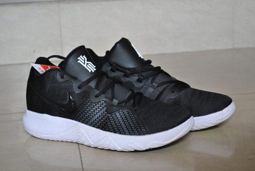 Kp3 zapatos caballeros nike kyrie irving flytrap negro blanc
