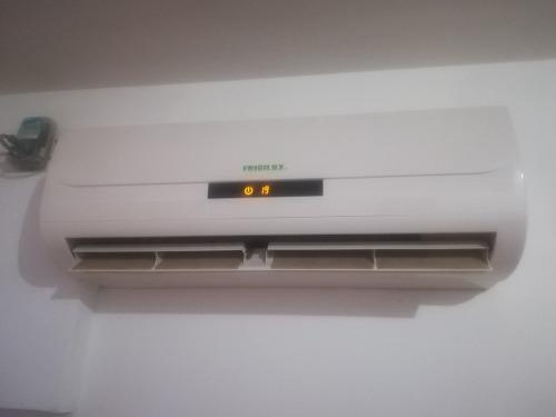 Aire acondicionado split 12000 btu frigilux